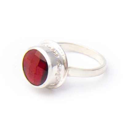 red-magma-swar-crystal-peace-ring