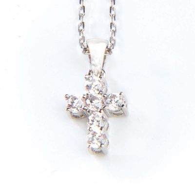 small-cross-pendant